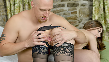 Sexy lingerie babe gets her pussy filled