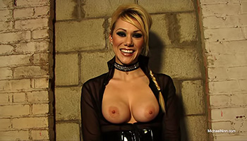Busty blonde cougar exposes her melons