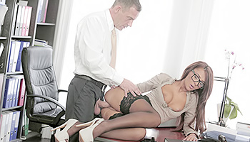 Gorgeous assistant gets drilled at work