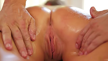 Muscular massage therapist gets laid